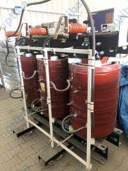 Transformator żywiczny suchy typ: TZE 630/6 630kVA napięcie GN: 15750V +/- 2,5% napięcie DN: 400V chłodzenie: AN masa całk: 2730kg rok produkcji: 2014