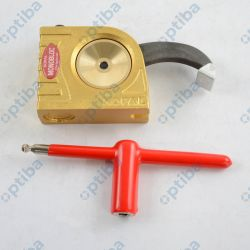 Docisk Monobloc 12000N z długim ramieniem dociskowym 61mm wys. mocowania -8-102mm 06-030